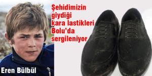 Şehidimizin giydiği ayakkabılar sergileniyor