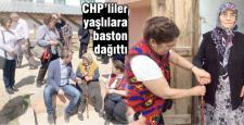 CHP vatandaşlara baston hediye etti