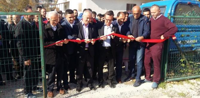 Taşkesti'de futbol sahası törenle açıldı