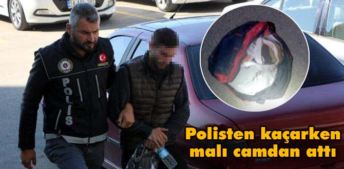 Kovalamacada otomobilden atılan çantadan uyuşturucu çıktı